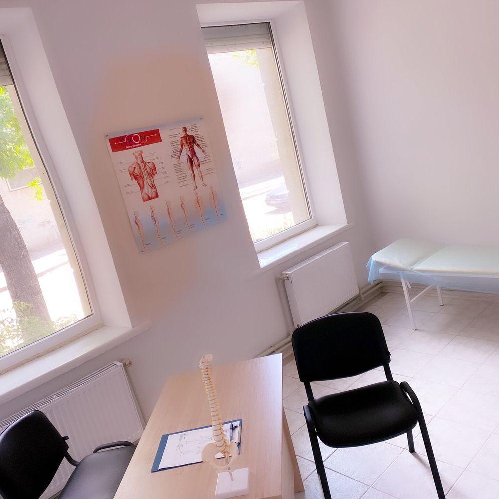 Кабинет для консультаций медицинский центрaxon (Херсон)