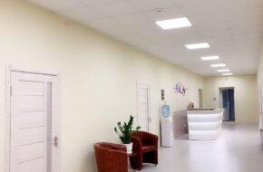 холл в медцентре Axonфото
